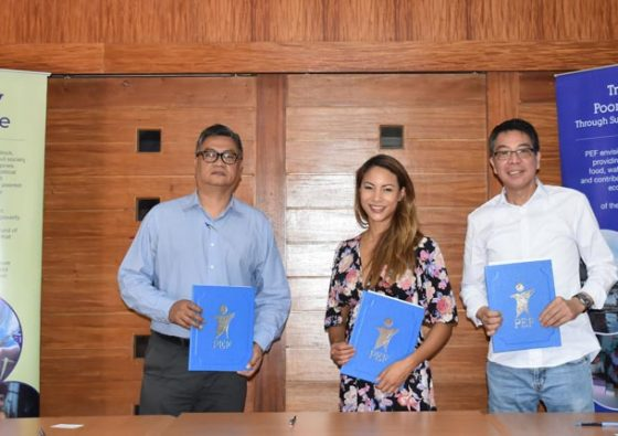 pef-wwf-ph-impact-hub-manila-sign-mou